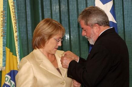 800px-Michelle_Bachelet_Brazil_visit_179