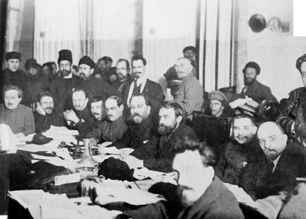 800px-Bolshevik-meeting