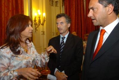 Cristina-Macri-Scioli_Adjudicacion_del_Sarmiento